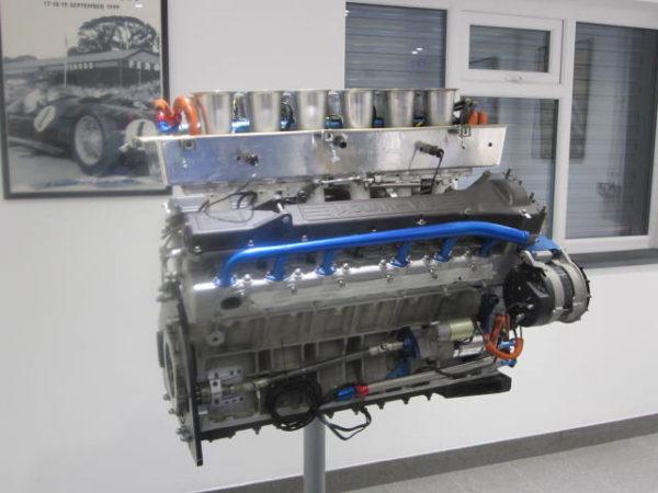 Jaguar XJR8 to 12